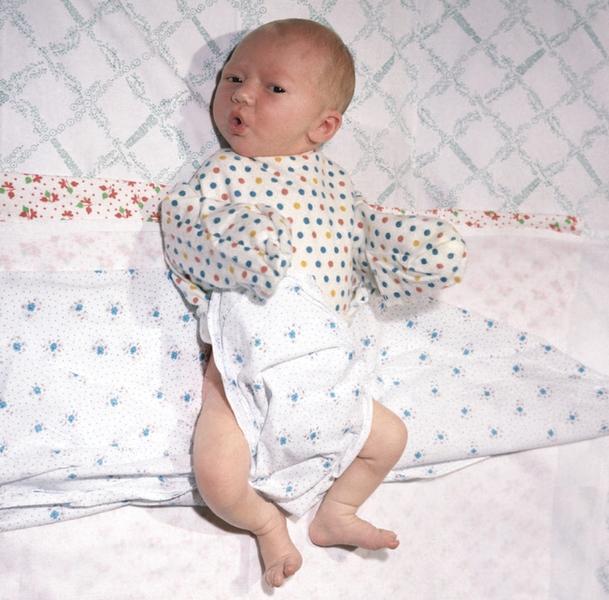 пеленания новорожденного: