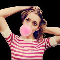 Опасна ли жевательная резинка, если ее проглотить?