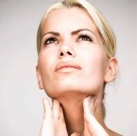 Первые симптомы заболеваний щитовидной железы